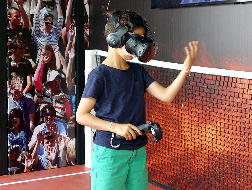 Multiuser Tennis experience